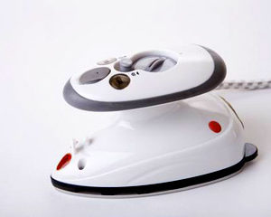 mini-steam-dry-iron